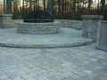 Versa - Lok segmental seat wall and fire pit